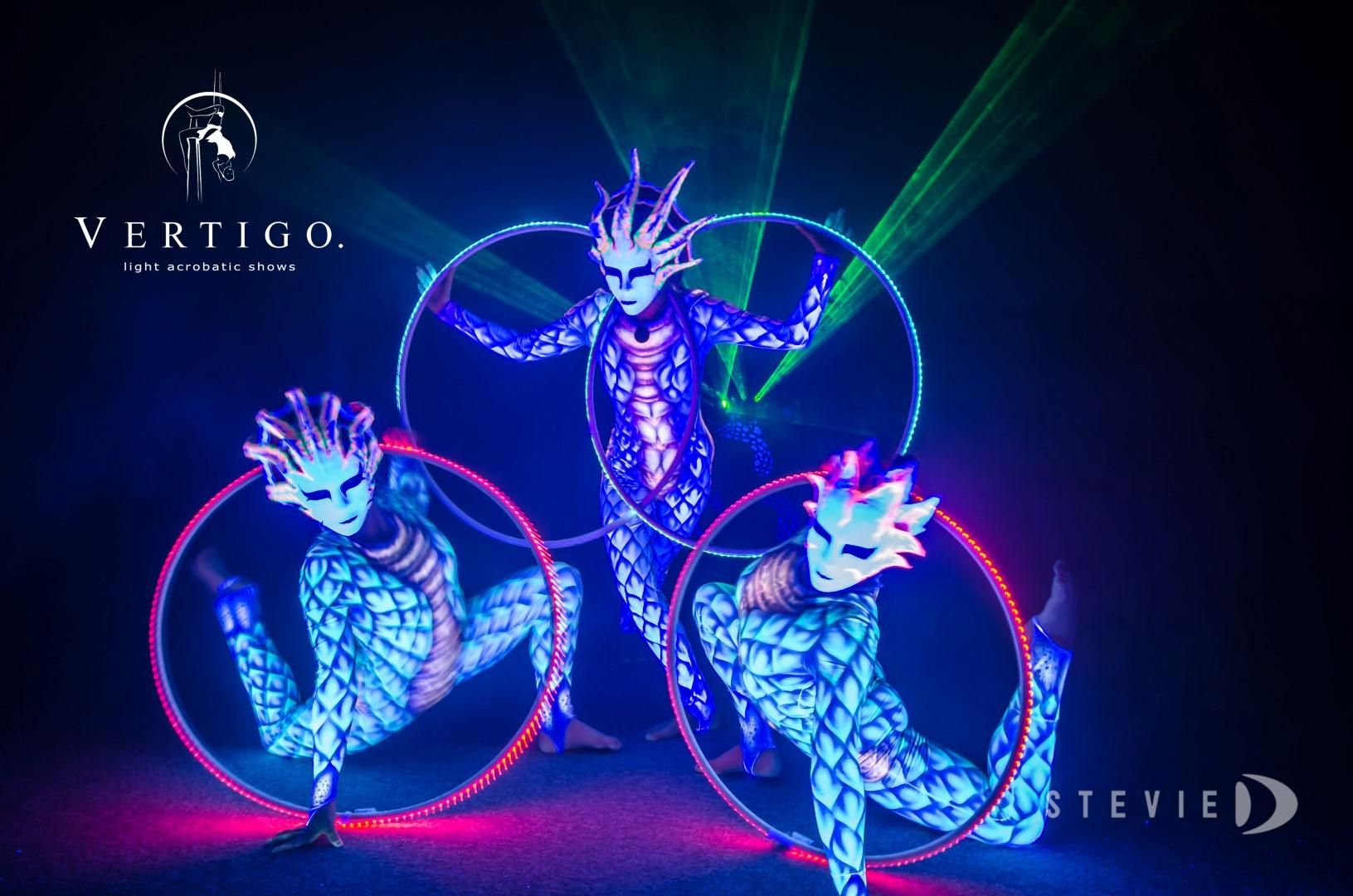 vertigo light uv show human light new generation of light show